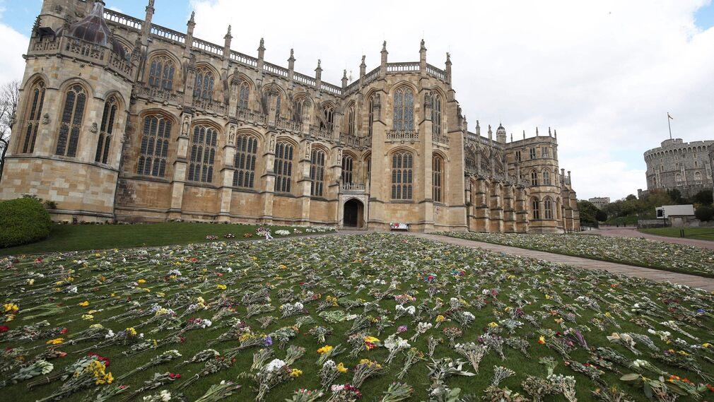 Flowers outside St. George's Chapel.