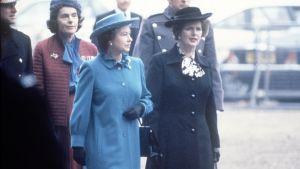 Queen Elizabeth and Prime Minister Margaret Thatcher live together.