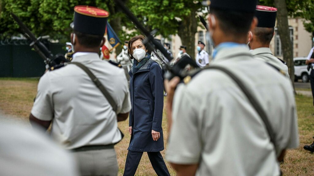 The French Army is under investigation for warnings of the Civil War