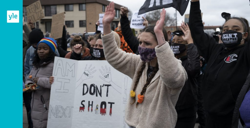Video showing how teenage boy in Chicago is killed by a bullet, sparking new anti-police rage |  Foreigner