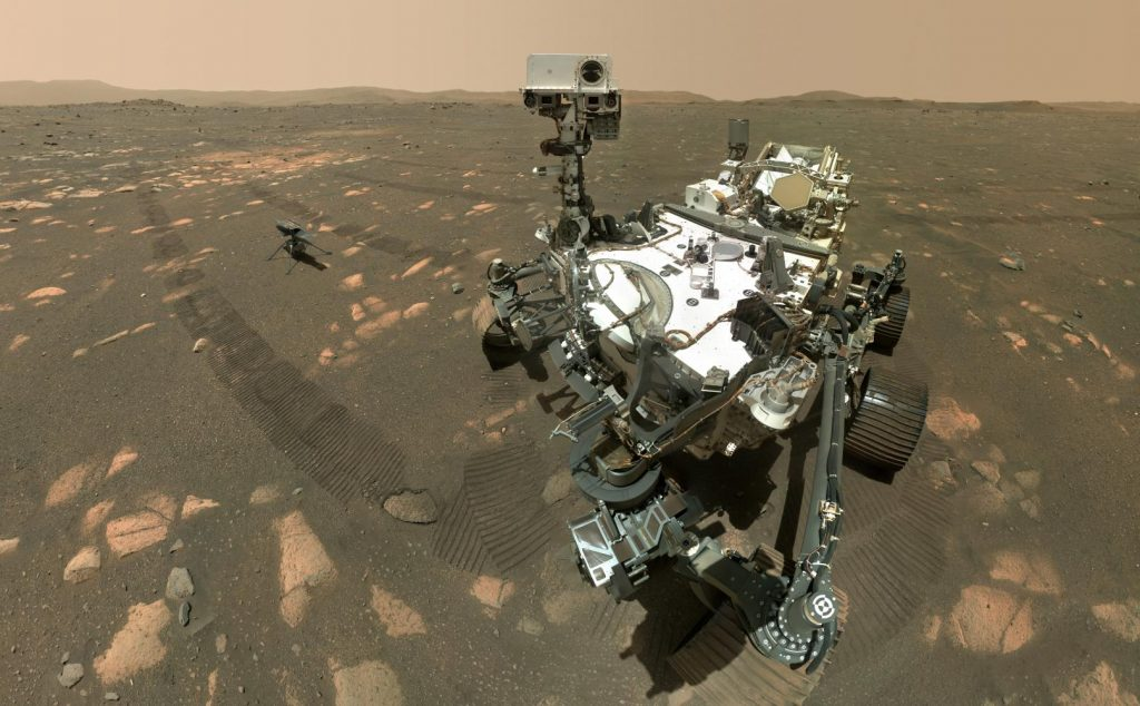Web TV: See the technology needed to take a selfie on Mars