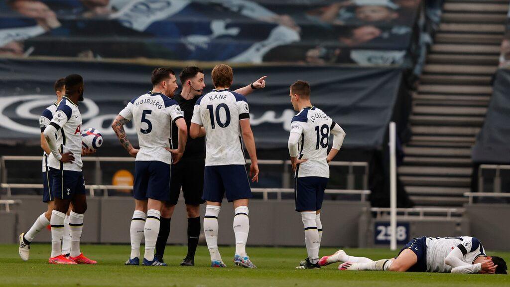 Several arrests after net racism against the Premier League star