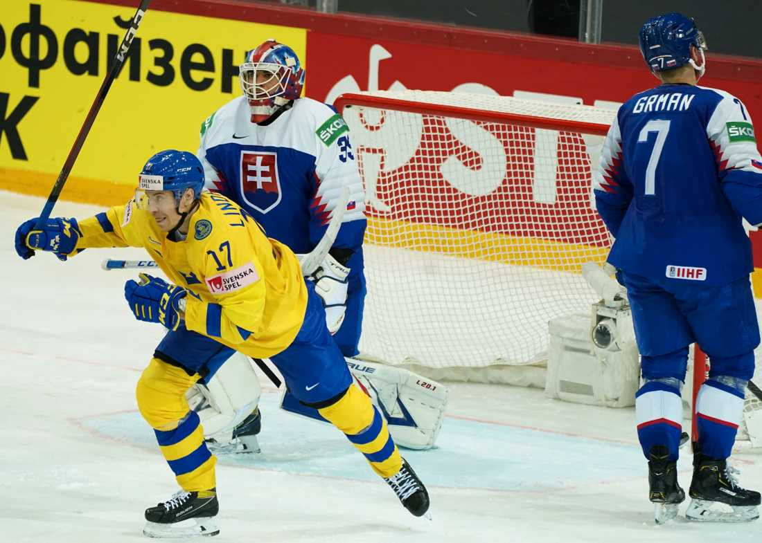 Swedish cheers again?  Bar Lindholm cheers after one of Sweden's goals in last night's 3-1 win over Slovakia.  Will there be new chants against Russia's nightmarish opponent?