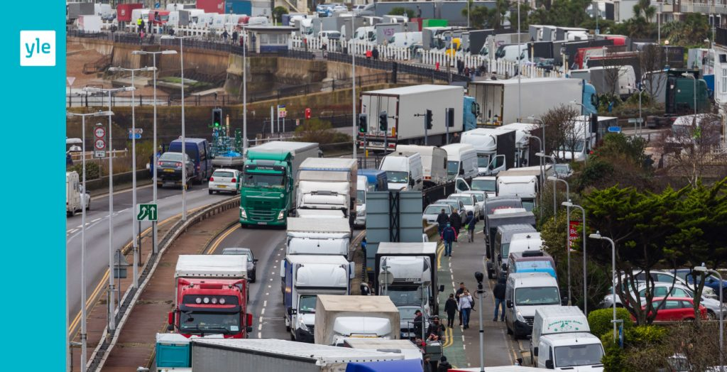 France has begun letting in trucks from the UK - everyone who travels must be tested |  Foreigner