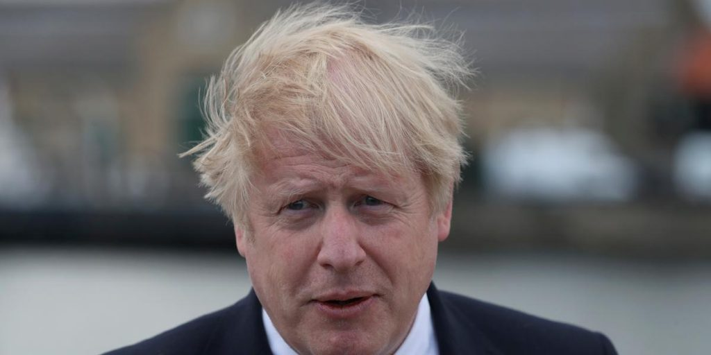 Johnson apologizes for the deaths of innocent people in Belfast
