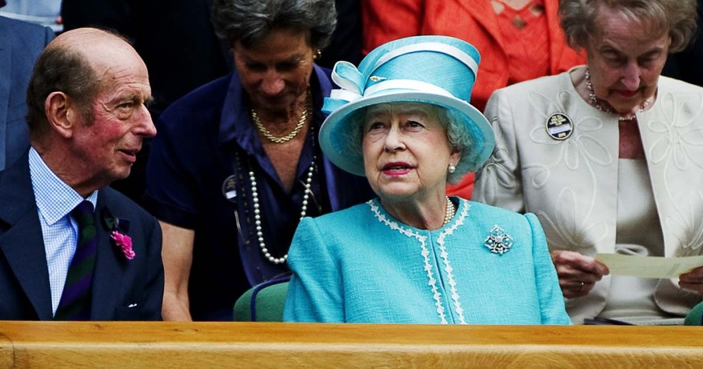 The Queen's big secret has been revealed after 69 years (!) - this is her absolute favorite team in the Premier League
