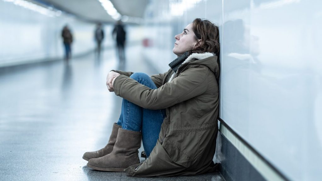 7 Expert Tips for Dealing with Social Anxiety