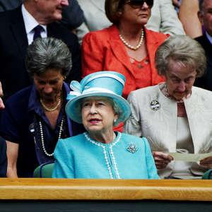 100624 Tennis, Wimbledon, Day 4: Queen Elizabeth II of Great Britain attends the match between Andy Murray, Great Britain, and Jarkko Nieminen, Finland.  © Bildbyrån - 85702
