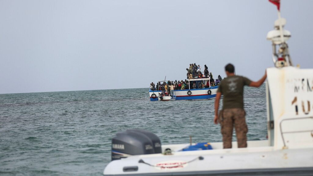 The European Union is having difficulty agreeing on asylum and immigration policies سياسات
