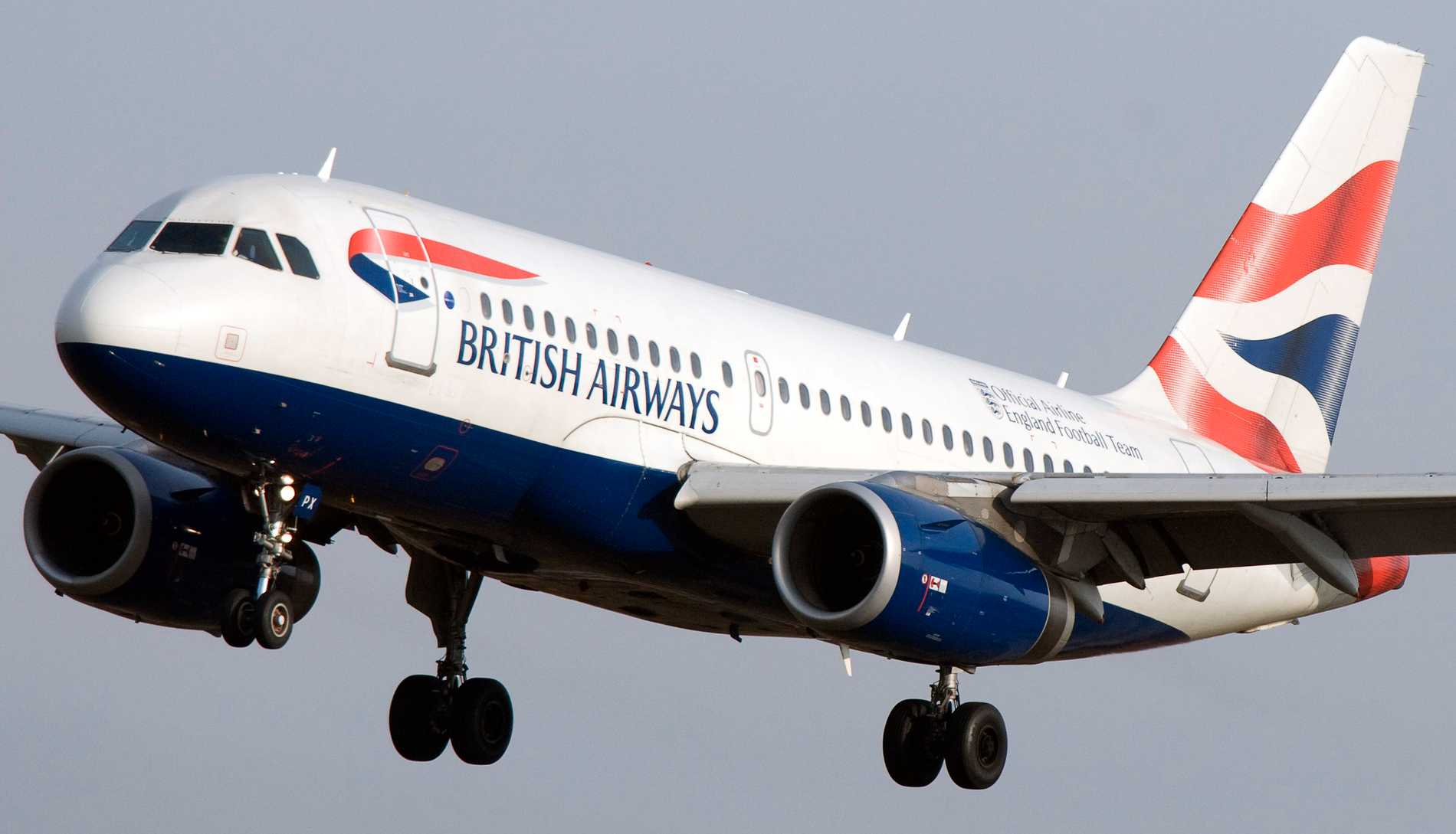 A British Airways Airbus A319 on its way to land at Arlanda Airport.  Photo gallery.