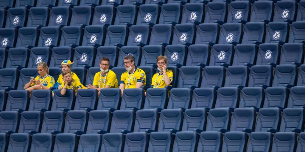 So a few Swedish fans are expected to witness the Round of 16 in Glasgow