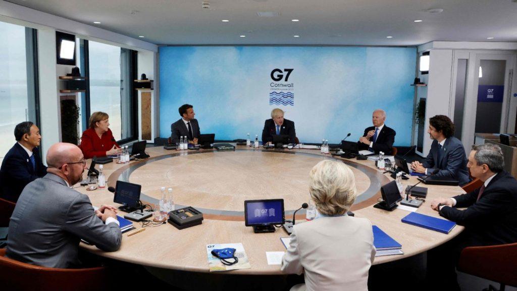 G7.  Caritas International: write off the debts of poor countries