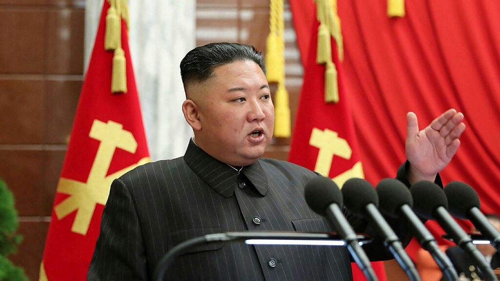 Kim Jong Un's weight loss raises fears and speculation