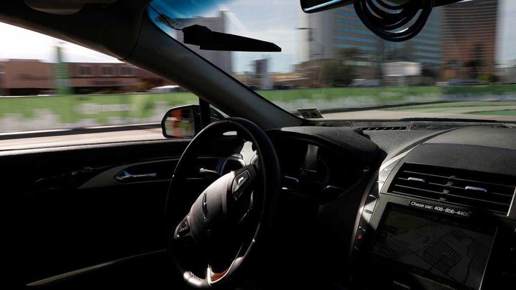 Självkörande bilar tillåts i Storbritannien