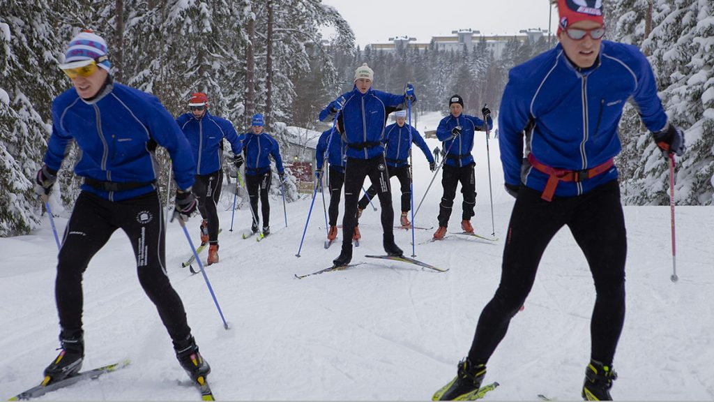 Elite skiers often suffer from respiratory problems  