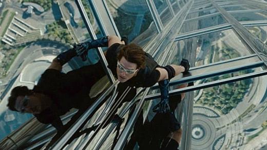 "Tom Cruise fasadklättrar i ""Mission: Impossible - Ghost Protocol""."