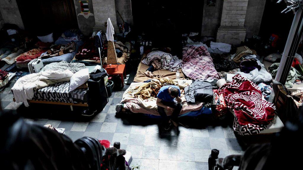 Migrants end hunger strike in Belgium