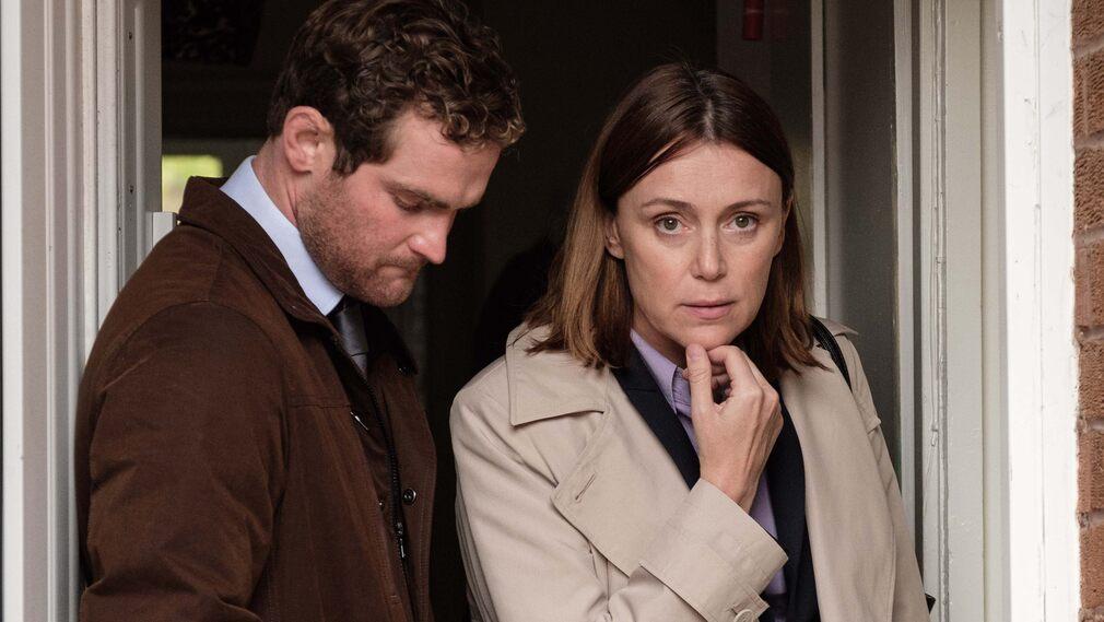 Andy Craig (Mark Stanley) or Caroline Good (Kelly Howes).