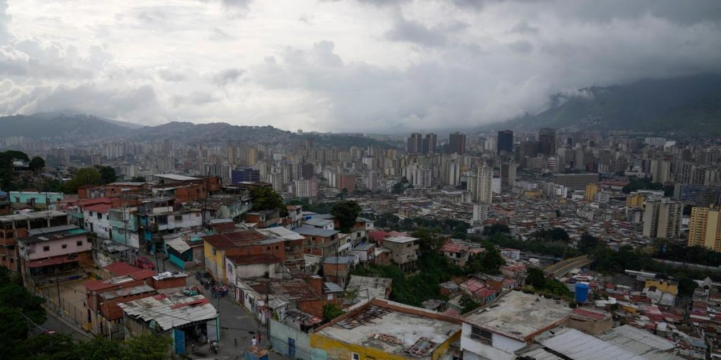 Rainfall in Venezuela: 'The house is disappearing'
