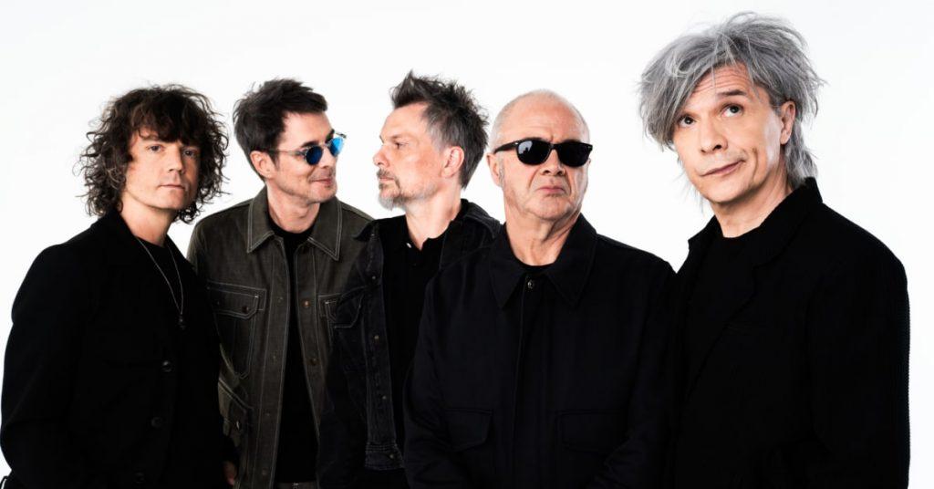 a new album.  Indochine celebrates its 40th anniversary with a record album Pre-ordered