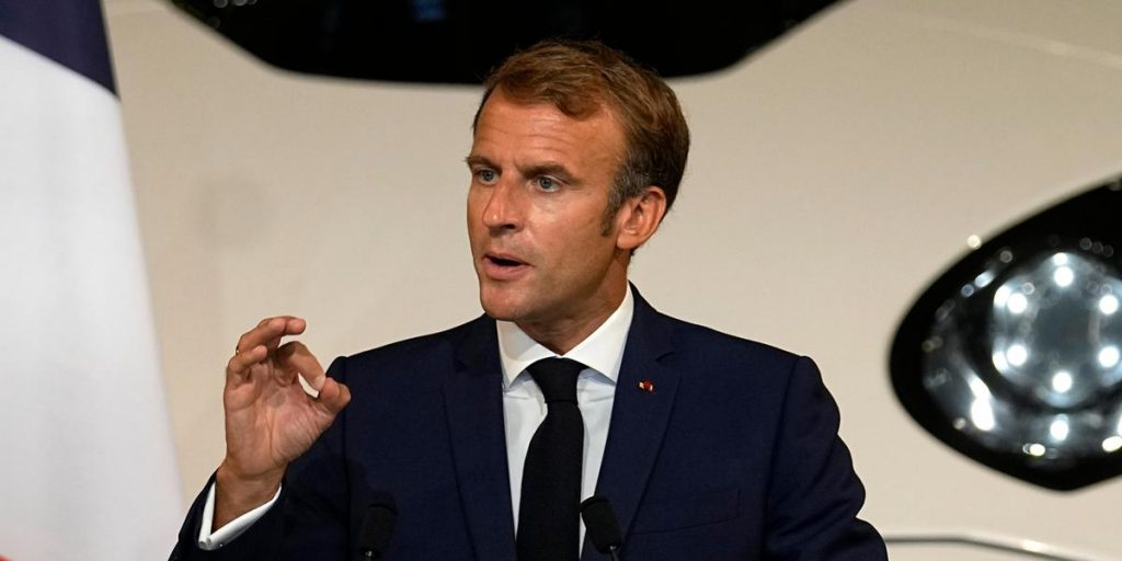 France recalls its ambassadors from the United States