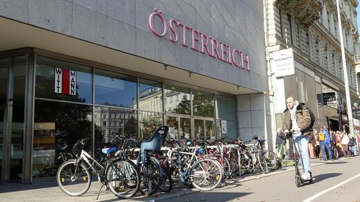 The editorial office of Österreich is located on Friedrichsstraße in Vienna.