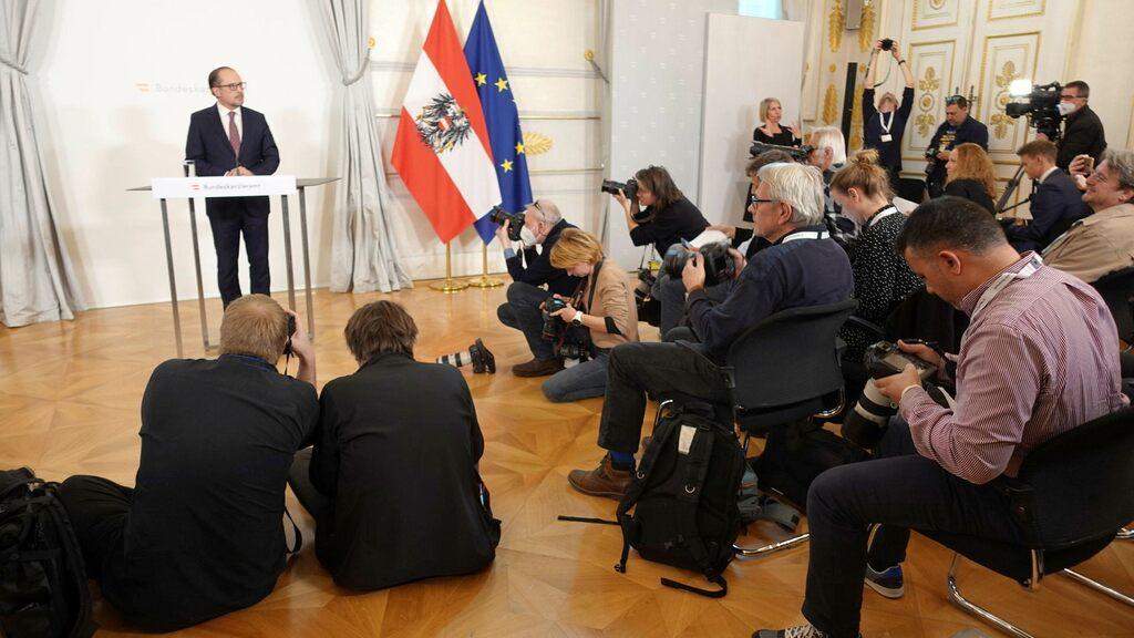 Austrian newspaper accused of taking bribes from politicians